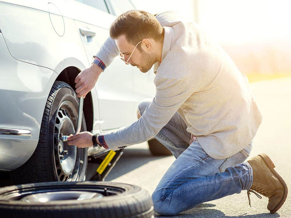 How to change car tires with simple steps